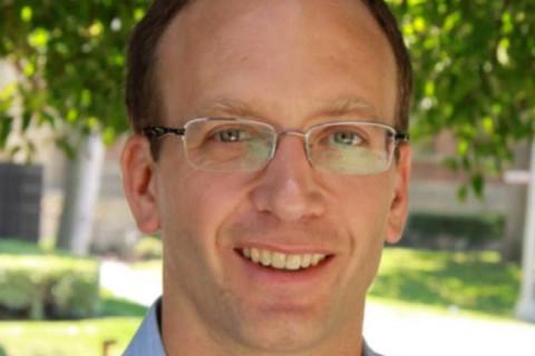 Gabriel Kahn