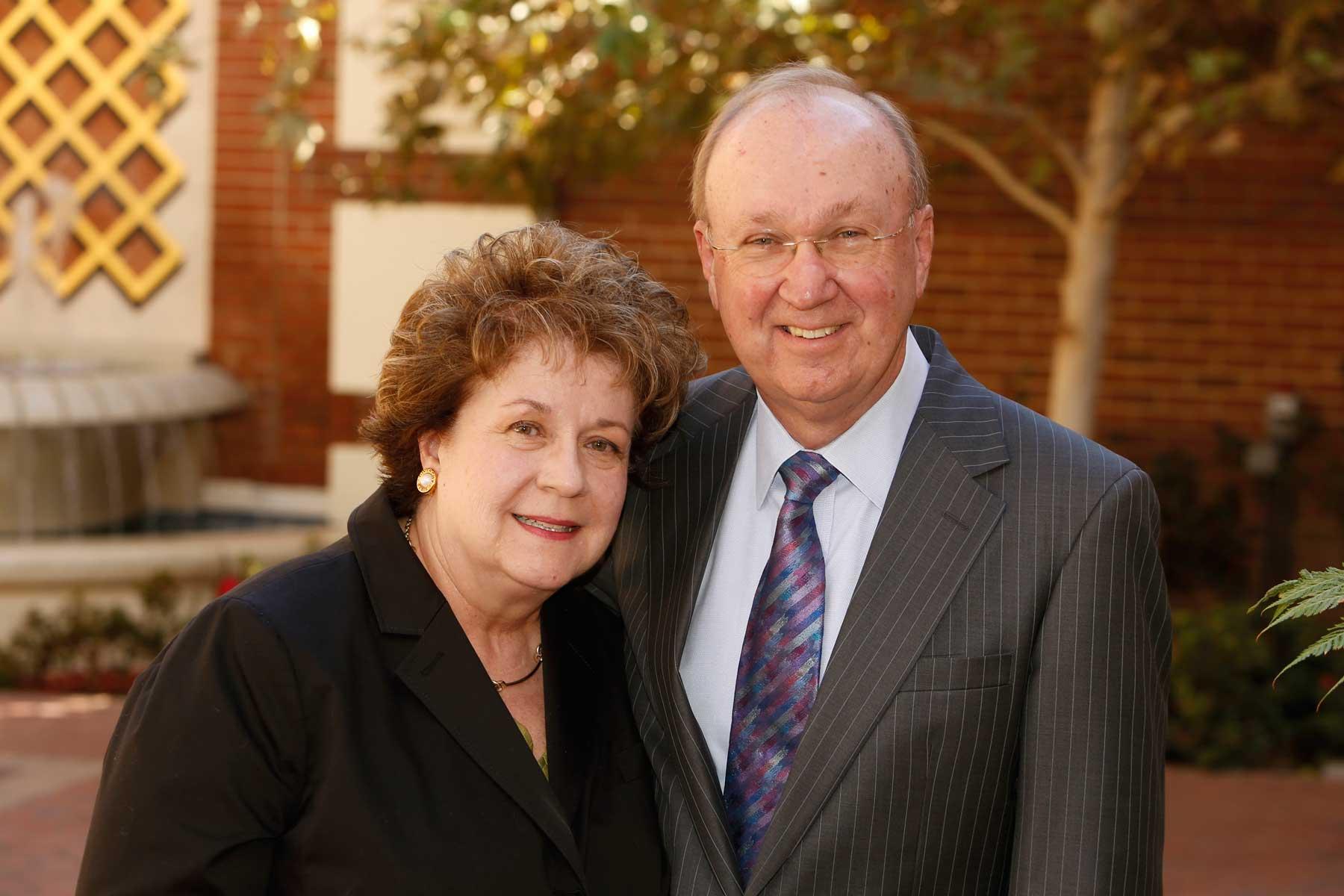Linda and Harlan Martens