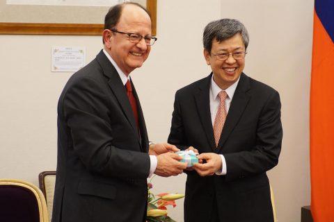 Chen Chien-jen with C. L. Max Nikias
