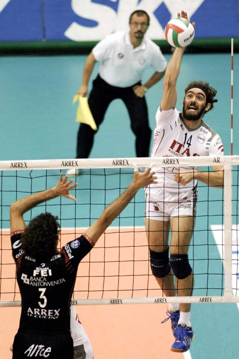 Leonardo Morsut hitting the ball in volleyball game