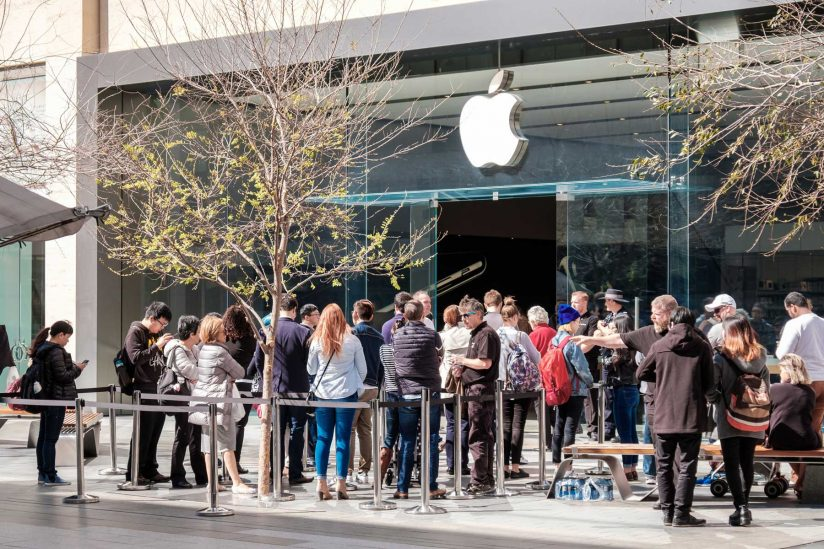 Lines to buy iPhones
