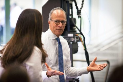 Lester Holt speaking with USC students