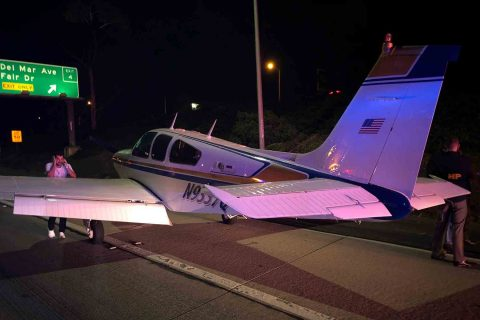 Izzy Slodowitz lands his plane on the 55 freeway