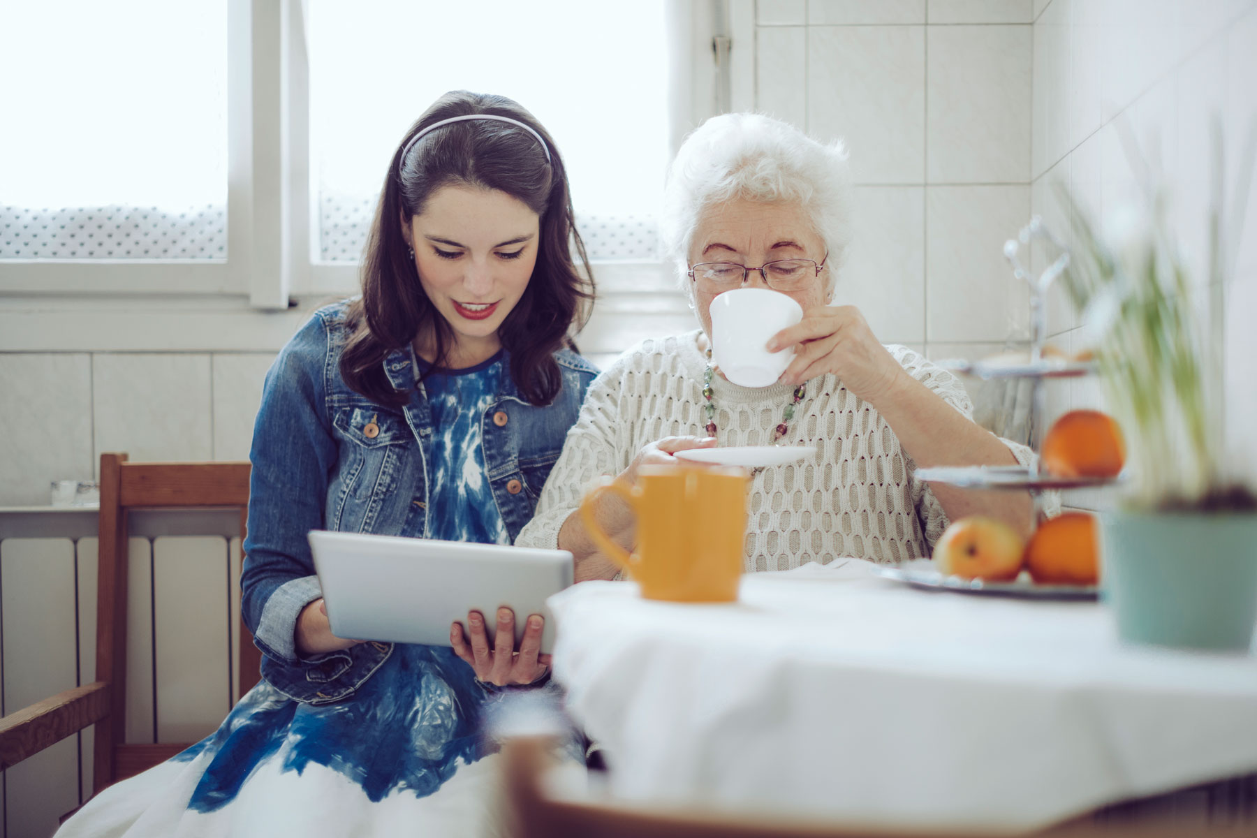 How You Can Help Loved Ones With Alzheimer's Disease