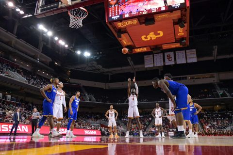 USC basketball player at the line shooting free throw