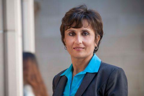 Janet Moradian-Oldak, expert in rebuilding tooth enamel