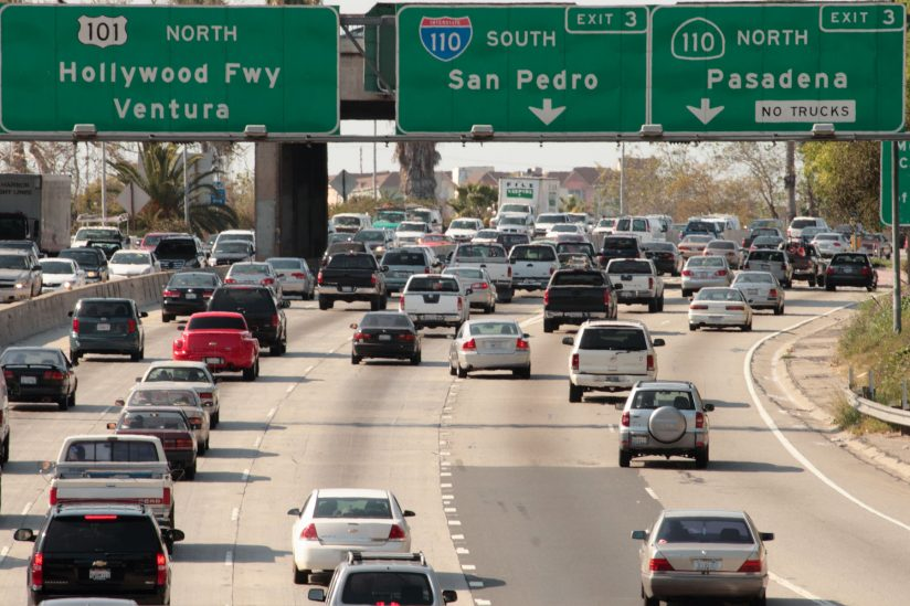Ways to reduce traffic jams: Traffic prediction algorithm in Los Angeles