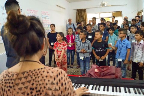 kids and music: USC Music therapy Iraqi