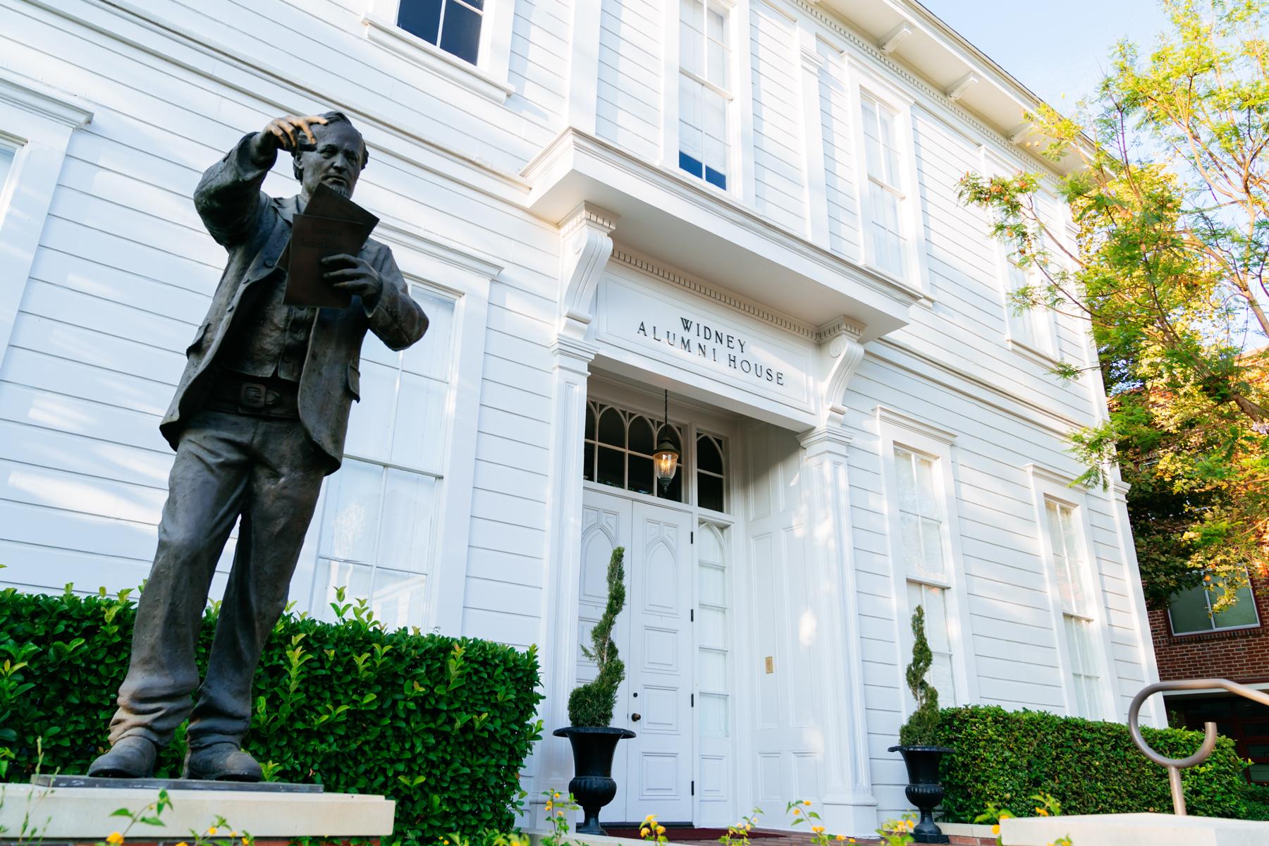 Trojan life:: Widney Alumni house historic building