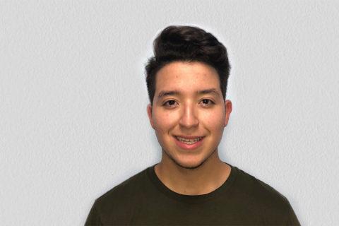 Jovani Esparza USC Viterbi first-gen student