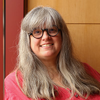 USC Professor Lisa Schweitzer