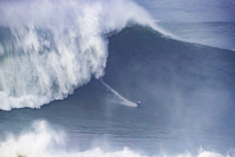 measuring biggest wave surfed in 2020