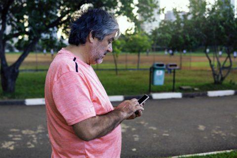 Digital divide California internet access