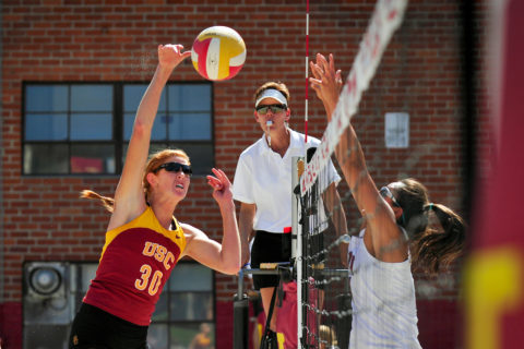 Kelly Claes on the beach volleyball court