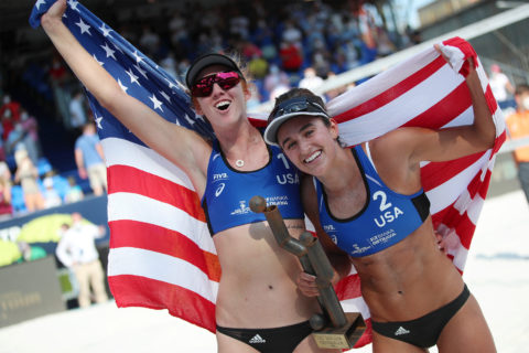 Kelly Claes and Sarah Sponcil beach volleyball Tokyo Olympics