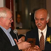 Prakash Honored for Stellar Lab Work - USC News