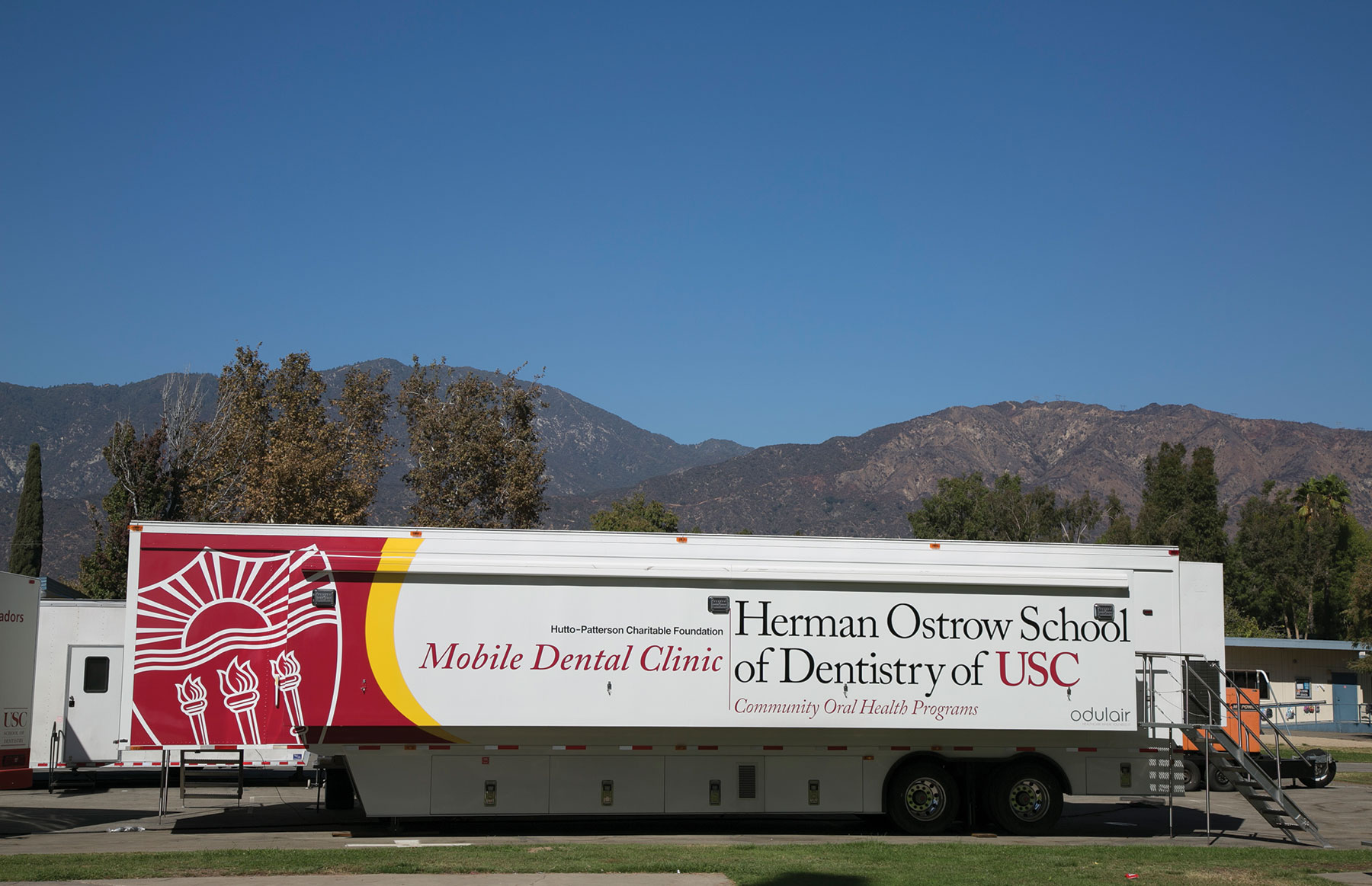 Usc Puts Dental Care Within Reach For Underserved Families